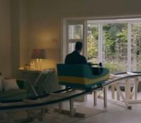 Pour vendre sa maison, il fait installer une montagne russe… buzz assuré !